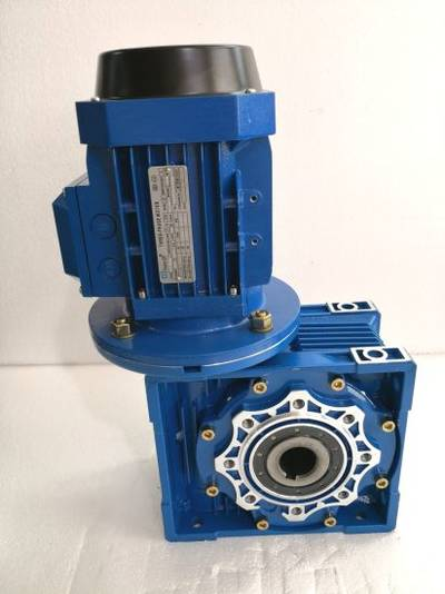 IEC Mounting Dimension Worm Gearbox with Aluminum Casing