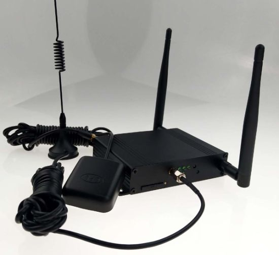 Hdrm100 Qos, VPN, Firewall Router Wireless Type and Function