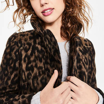 China Supplier Woman Short Hot Sell Jacket