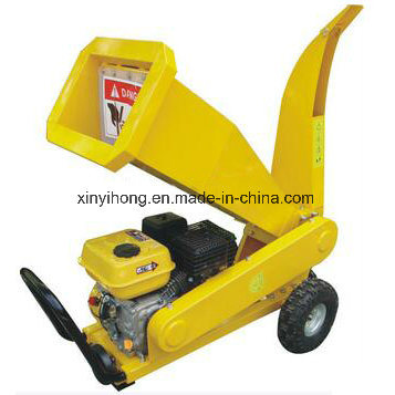 6.5HP Gasoline Industrial Tractor Wood Cutting Machine Chipper Shredder