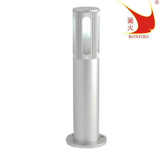 Aluminum Outdoor Lamp Garden Light SAA Ce RoHS Approved IP54