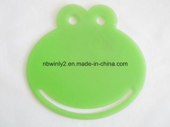 Plastic Frog Cutting Board