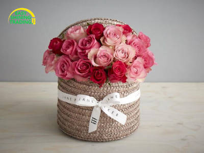 Natural Straw Flower Basket with Lining