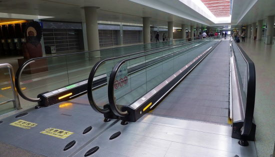 China Auto Moving Sidewalk Moving Walk