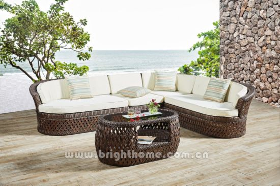 China Garden Furniture Outdoor Chair Table Leisure Furniture Set