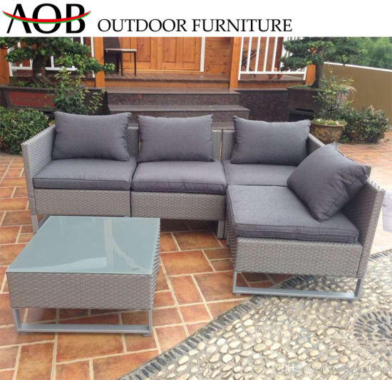 China Luxury Outdoor Garden Furniture Patio Aluminum Corner Sofa Set with Glass Square Table Chinese