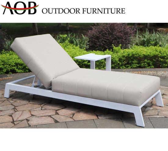 China Modern Outdoor Patio Garden Home Hotel Resort Furniture Beach Chair Sun Lounger Daybed Sunbed