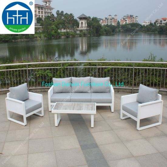 China Outdoor Furniture Powder Coating Aluminum Frame Sofa with Table Coffee Sofa
