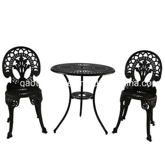 China Cast Aluminum Frame Outdoor Garden Dinging Table Furniture