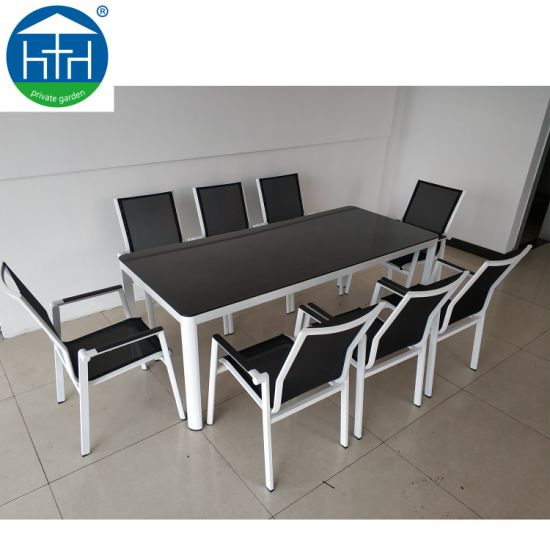 China Family Garden Furniture Dining Set New Modern Outdoor Rattan Chairs Table Wood Table Ding Set