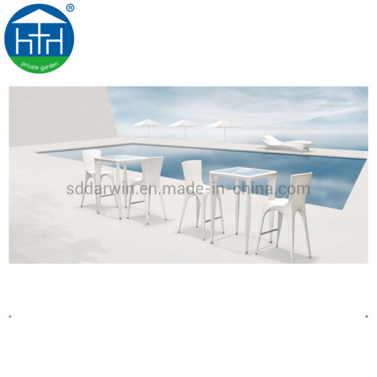 China Patio Wicker Chair Furniture White PE Rattan Outdoor Dining Table Chair Set