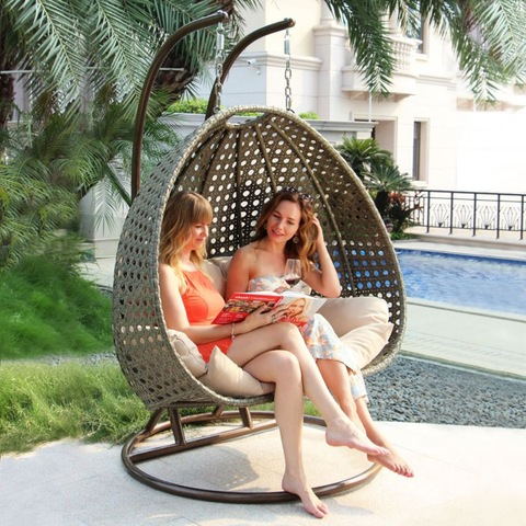 Subĉiela Akvorezista Meblaro Twoseat Hanging Ogg Shaped Swing Chair with Metal Stand
