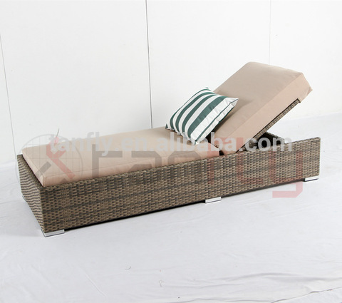 Upassbar Terrass Rattan Wicker Beach Chaise Lounge Lounge Outdoor