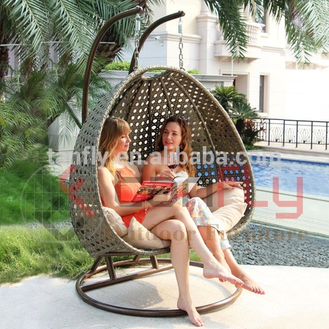 Ifenisha Yangaphandle Isitolo Esithengisa Amanzi Wicker Amasekeni Egg Swing Chair
