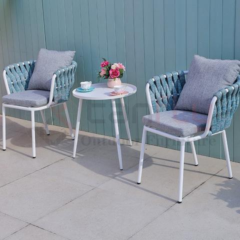 La silla bistro de la conversación del patio fija la mesa de la correa tejida de aluminio del balcón