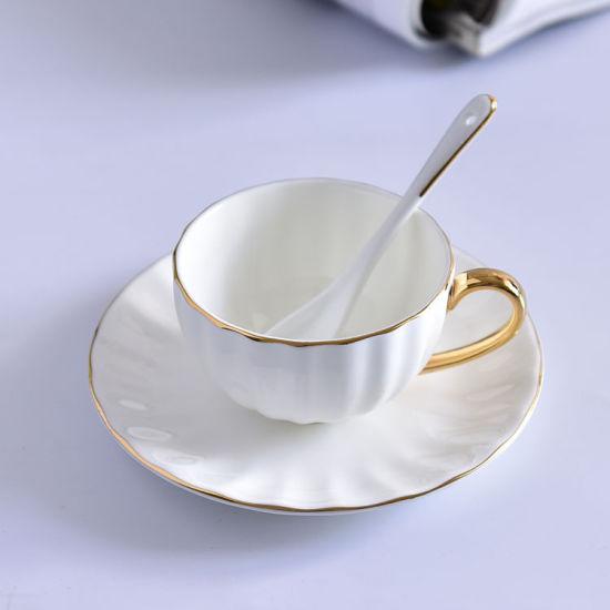 Awọn iṣu tii tii China pẹlu Ṣibi Cappuccino Cups White Tea Cup Set